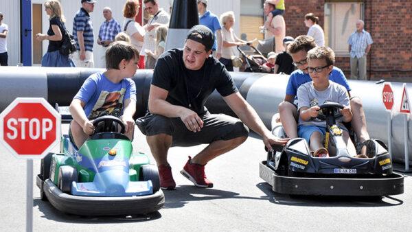 Kinder Verkehrsübungsplatz mieten