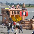Große Piratenschiff Hüpfburg mieten