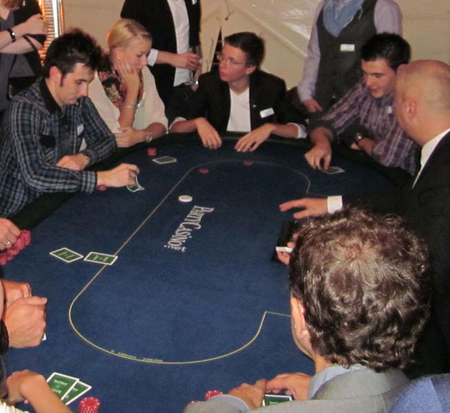 casino royale online movie free 24 stunden spielothek