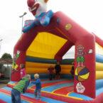 Clownhuepfburg Events Mieten