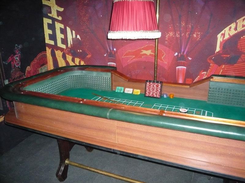 Casino-Spieltisch mieten