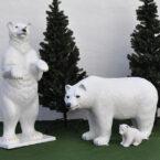 Eisbären und Tannenbäume mieten