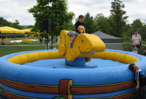 Entenrodeo - Bullriding für Kinder