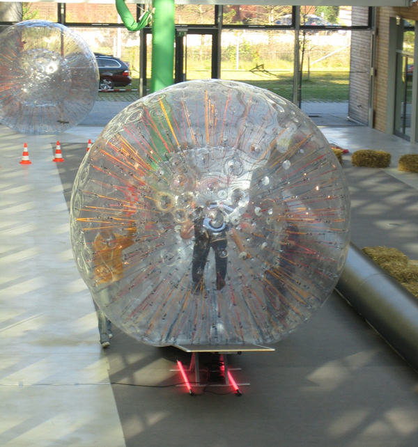 Powerball Parcours - Zorb Ball Hindernislauf