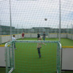 soccer court mit kunstrasen mieten