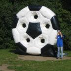 spinning ball torwand aufblasbar mieten