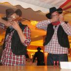 Xtreme-Aktionen mit Teamern im Cowboy-Outfit