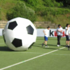 xxl-fussball mit 2m riesenball